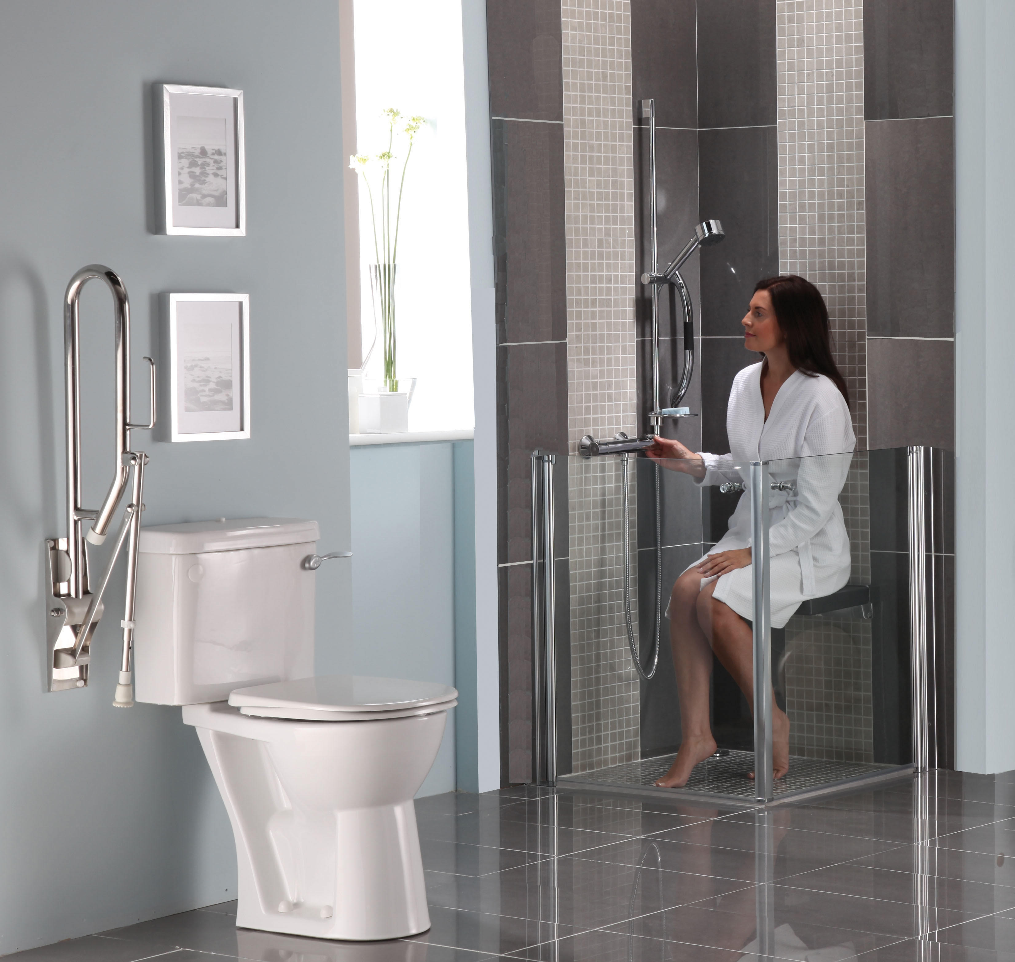 Box doccia per disabili e portatori di handicap torino - Accessori bagno disabili ...